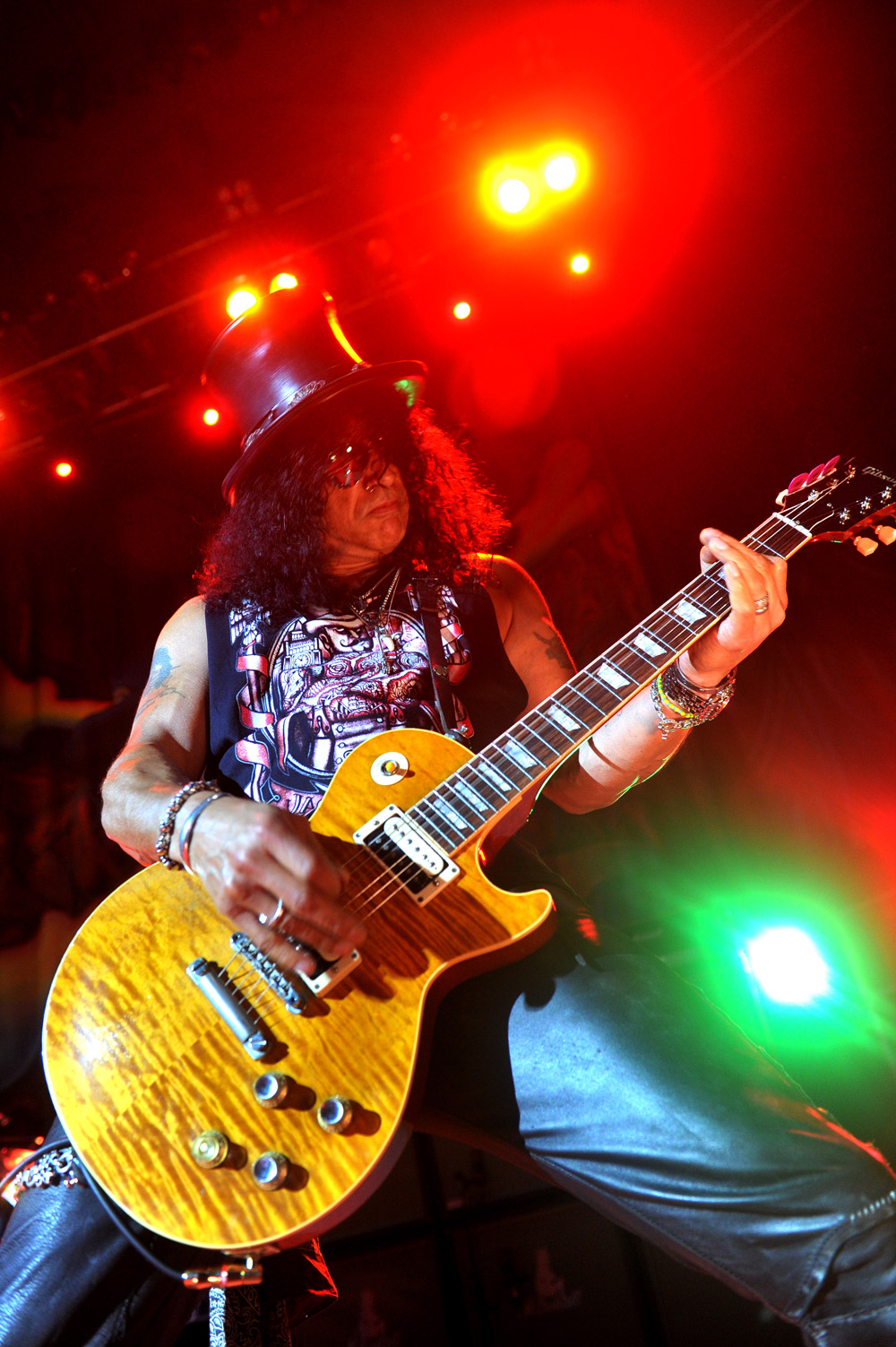 Photograph of Slash on stage at Victoria Hall, Hanley